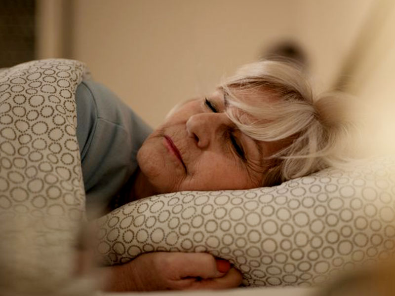 اهمیت خواب در سالمندان