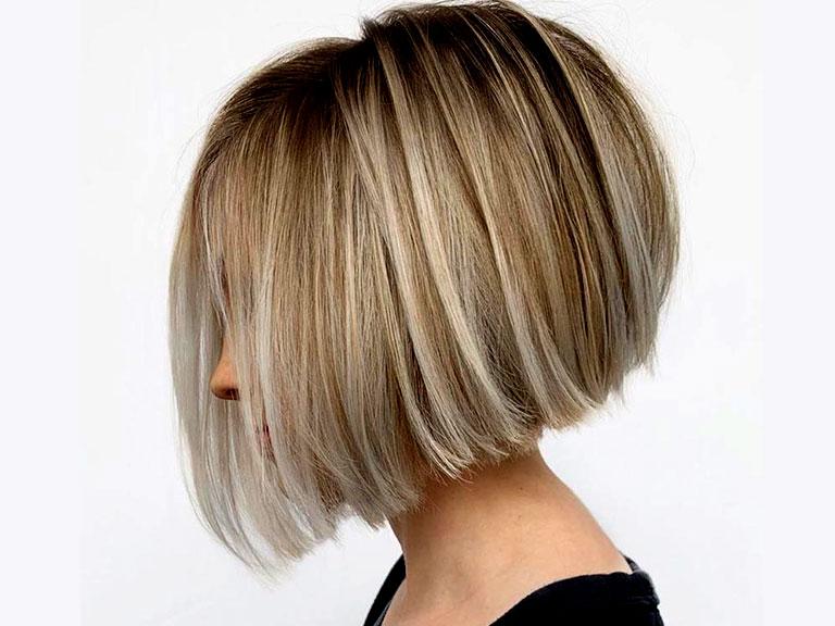 موی کوتاه بلوند