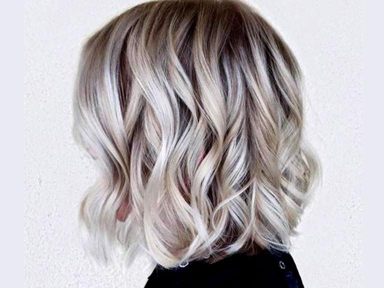 رنگ موی خاکستری نقره ای و بژ